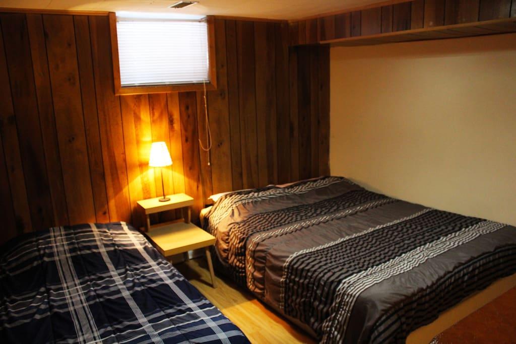 bedroom 2 yonge finch ttc subway go houses for rent in toronto