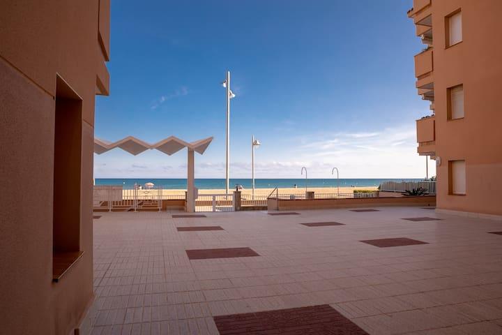 Comodo y tranquilo apartamento en la playa