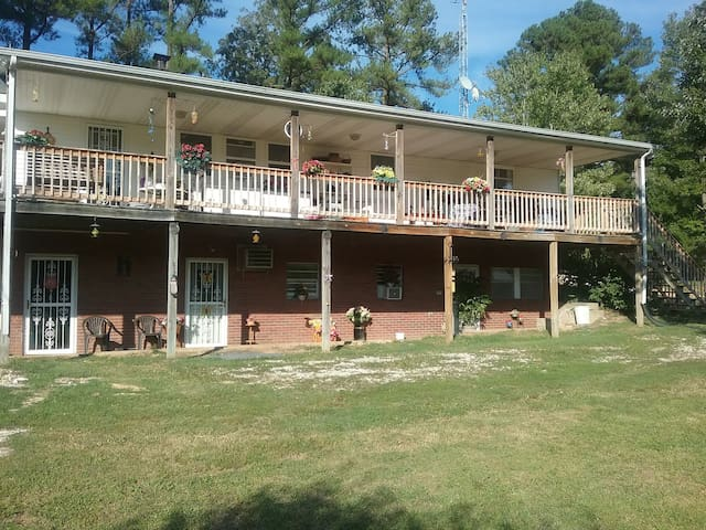 Big Sandy Sulphur Creek, Large Guest Suite