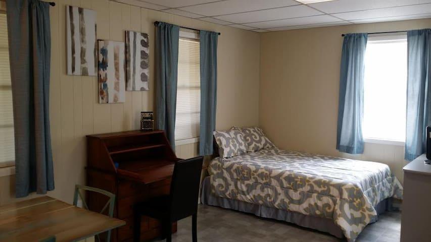 Private charming guest house in heart of Orlando - Orlando - Hospedaria
