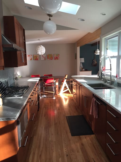 Newly remodeled, bright and open kitchen