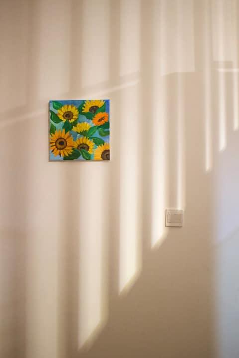 【上春二十】北欧简约loft约会小憇舒适温馨公寓榻榻米投影仪家居全