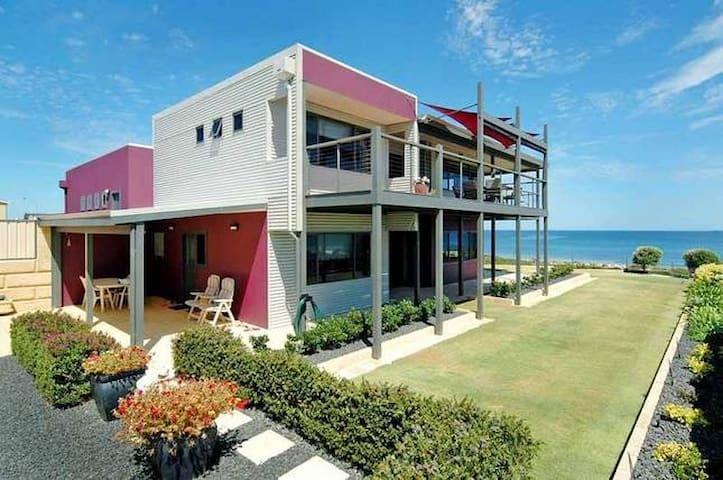 Whangarei Beach House