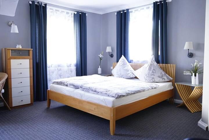 Ein gemütliches Zimmer im Herzen von Oberfranken