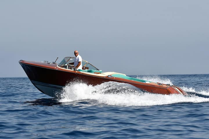 Riva Acquarama for your daily or luxury transfer.