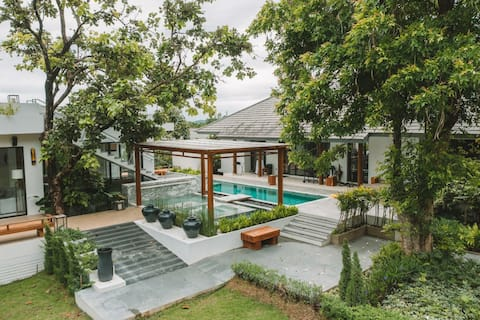Baan Punnaluxe : pool villa with rooftop khaoyai