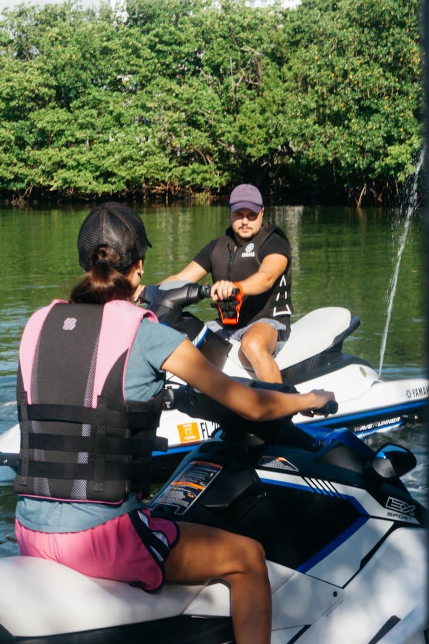 Explore Biscayne Bay