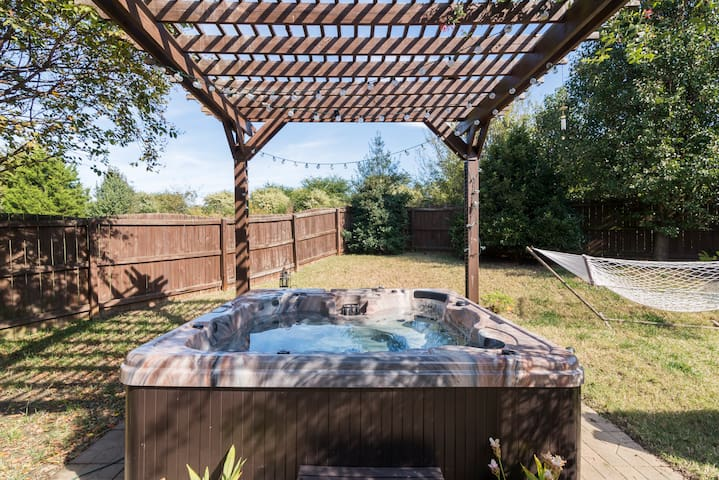 **PRIME LOCATION** w/Hot tub & Private backyard!