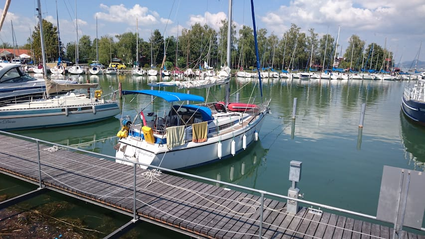 Sailing boat for up to six guests at Keszthely - Keszthely - Vaixell
