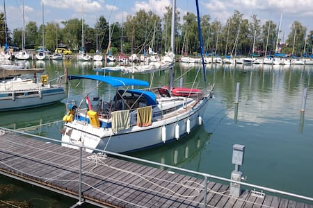 Sailing boat for up to six guests at Keszthely - Keszthely - Barco