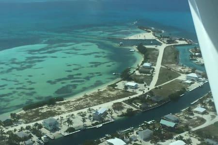 Paradise in Bimini Bay Resort - Bimini - Villa