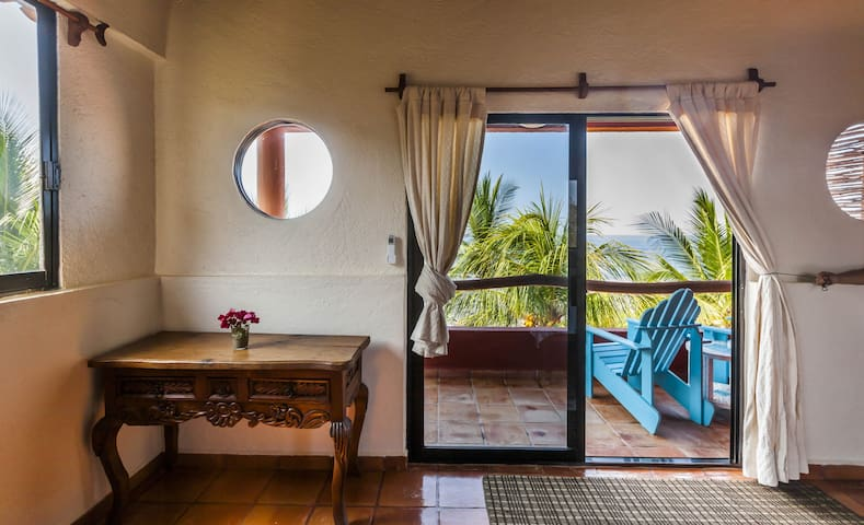 Casa Manzanillo, Jungle Suite