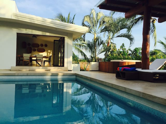 Luxury Private Family House with pool in Golf Club - Ixtapa Zihuatanejo - House