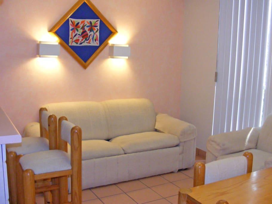 Sala Comedor con Sofa- Cama Matrimonial