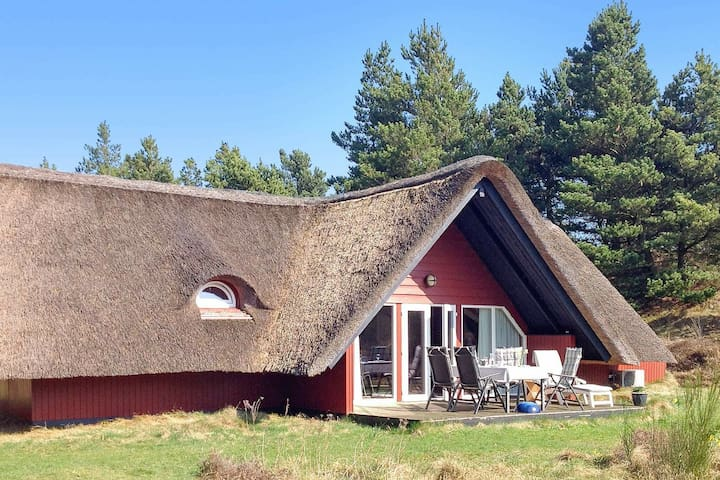 Pleasant Holiday Home in Rømø with Sauna