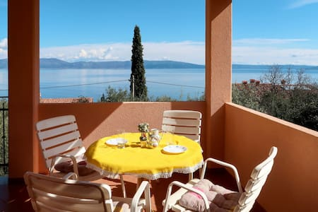 Holiday Apartment Elsa in Labin for 4 persons