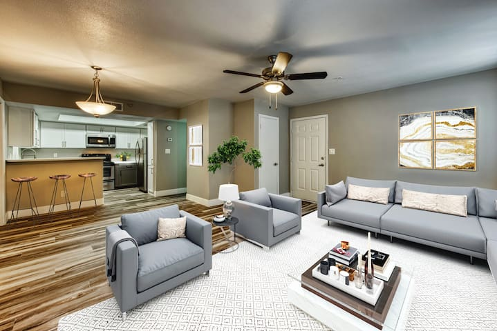 Live + Work + Stay + Easy | 2BR in Gilbert