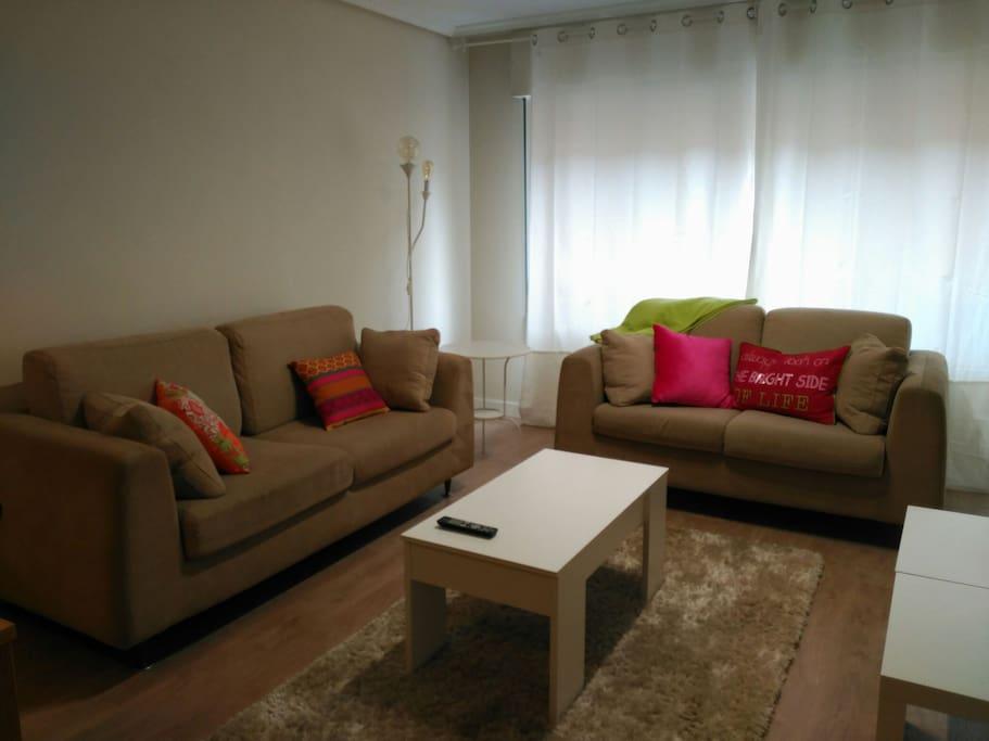 Piso c ntrico garaje gratuito wifi apartamentos en alquiler en vitoria gasteiz euskadi espa a - Apartamentos irenaz en vitoria ...