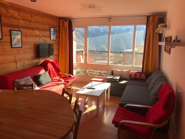 Appartement pied des pistes avec balcon & vue 6per