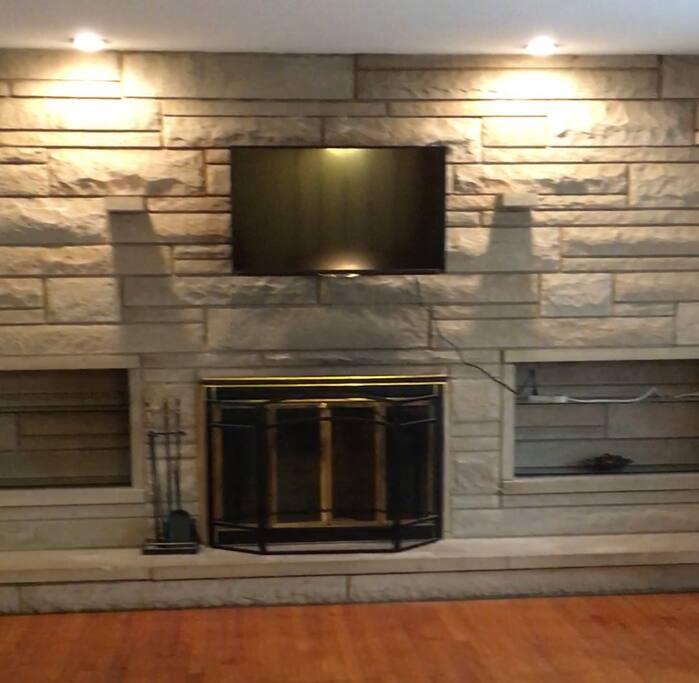 Fireplace and Roku TV.