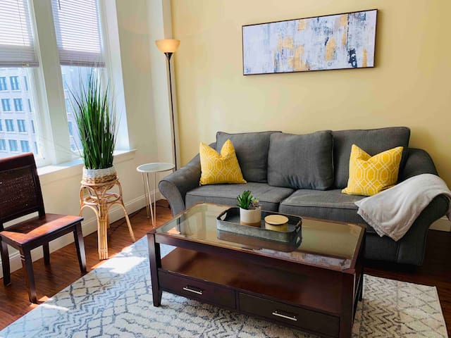 Boho Chic Living – Downtown Two Bedroom on 12th Fl