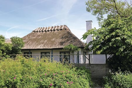 Holiday cottage with 2 bedrooms on 54m² in Humble