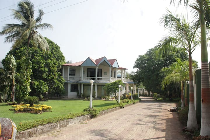Best Villa in Karjat