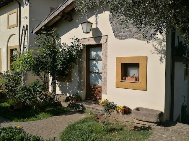 La Casina delle Rose - Rome Countryside - Grottaferrata - Milik mertua