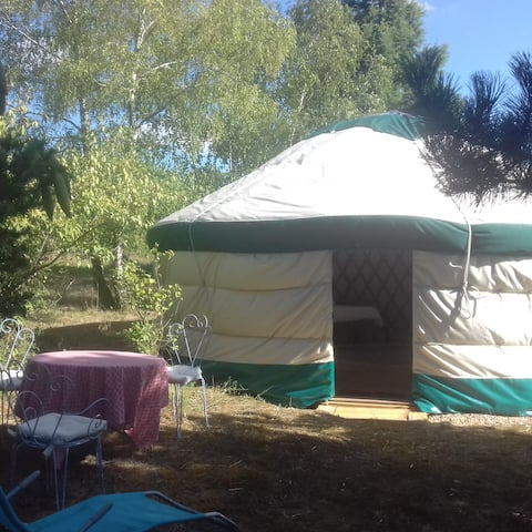 "Yurt ""Elie"", 10 mn far from Azay-le-Rideau"