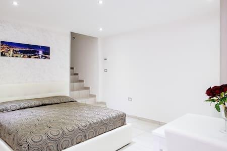 TOLEDO HOUSE CASA VACANZA - Nápoles