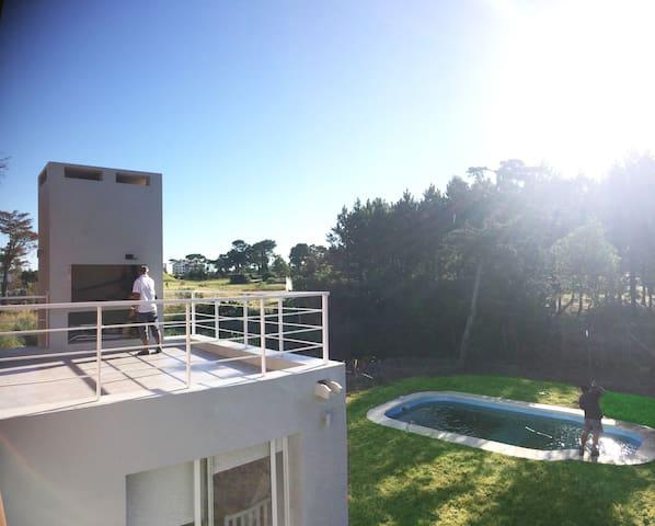 Casa minimalista cerca de la playa (P41 MANSA)