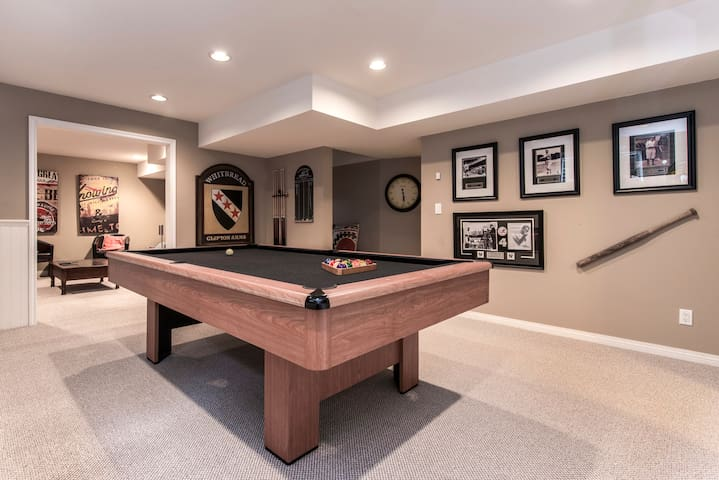 Executive one bedroom with games room
