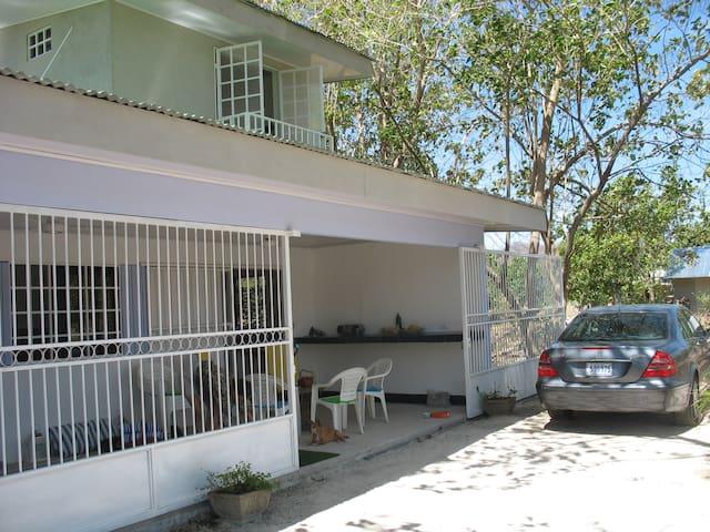 Casacercadelasplayas - Huacas
