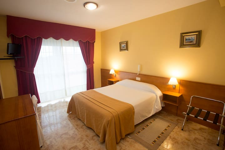 Hotel Carlos 96 - Habitación Doble en Melide