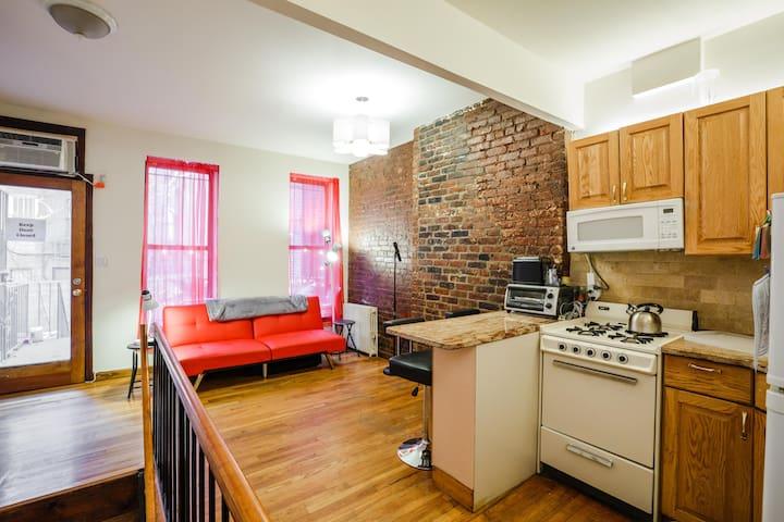 Cool Lower East Side 1br Duplex W/ Backyard!
