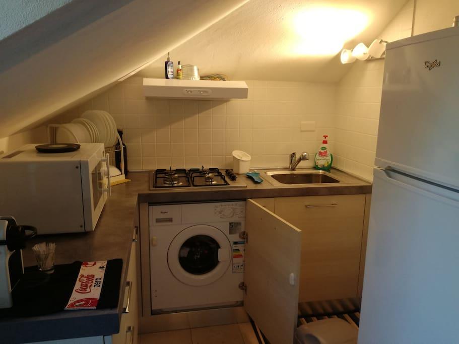 angolo cottura con lavatrice
