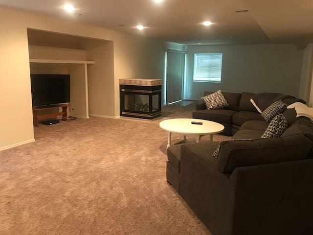 Spacious Lower Level of Private Home near USAFA!
