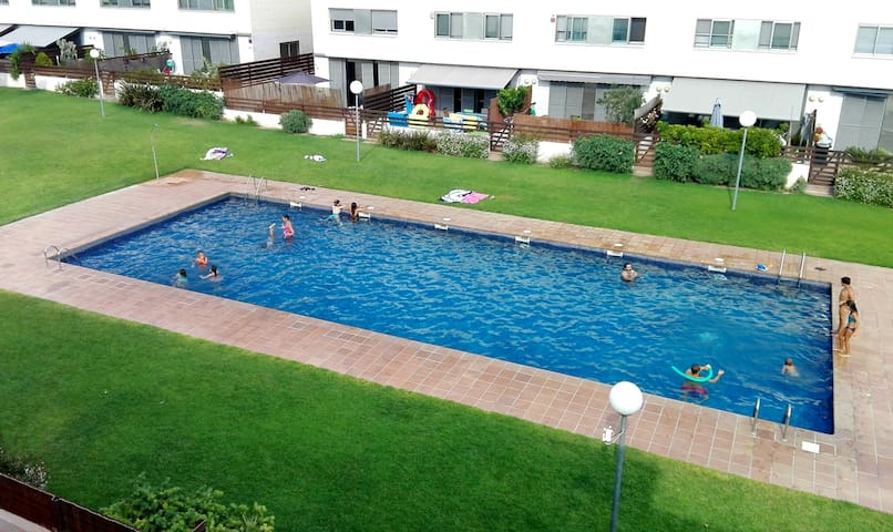 A great (2-) family home with pool - Costa Dorada
