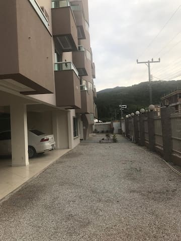 Apartamento de 1 dormitório na Praia de Palmas