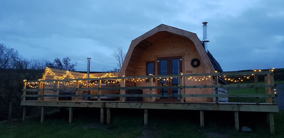 Panoramic Pods Executive Glamping with hot tubs