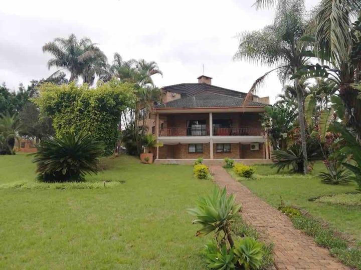 Lugaganeni Home with a view