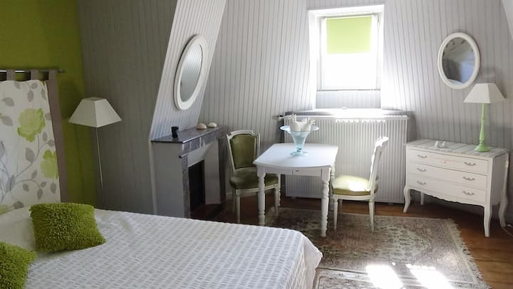 Family suite 1 km from Futuroscope (2 to 5 pers.)