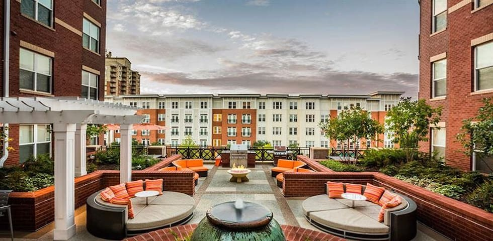 State of Art warm Fozzy Loft - Fairfax - Apartament