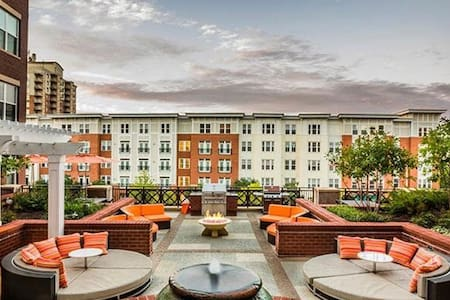 State of Art warm Fozzy Loft - Fairfax - Apartmen