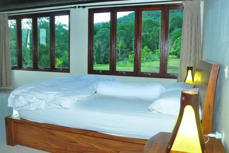 Rumah Ttorre Bedroom
