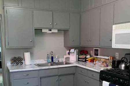Lake View Deck Grill WiFi Cable 3 BR Dog Friendly