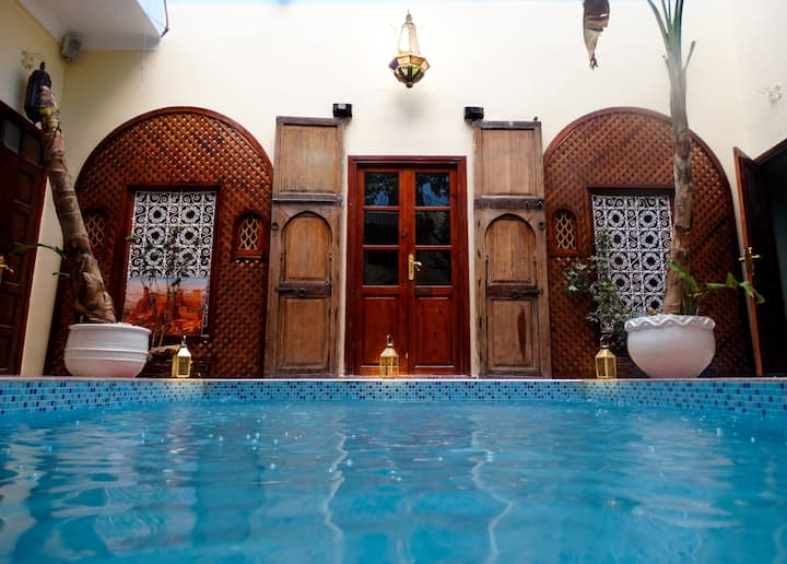 WONDERFUL & TYPICAL RIAD IN THE HEART OF MARRAKECH