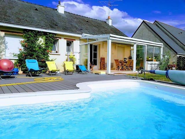 Chambres  à louer dans maison avec piscine