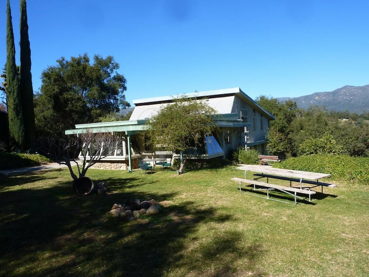 Creative Ojai Home on exclusive view acreage