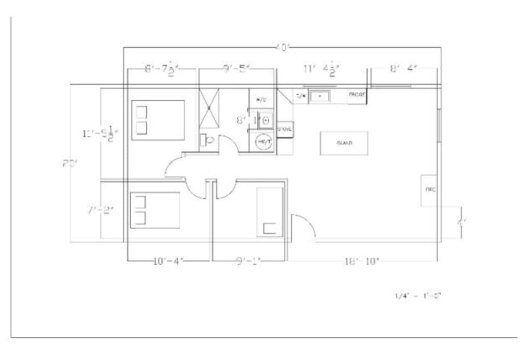 This layout shows the layout of the bedrooms. There is a queen, a double and a single in each room as well as space to keep your personal belongings.